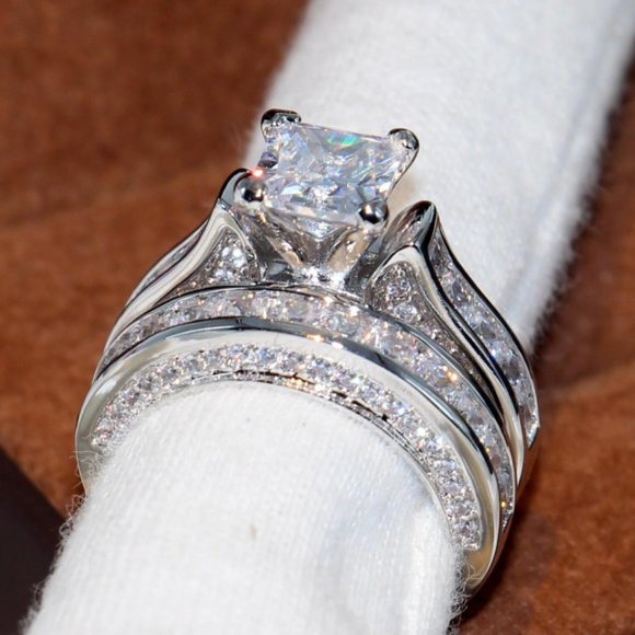 COPY - NEW 925 Silver Diamond 2PC Engagement Ring…